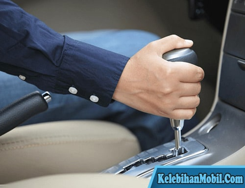 Kelebihan Mengendarai Mobil Matic